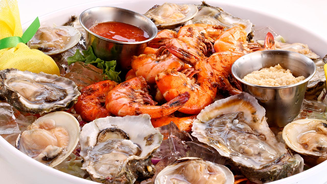 shrimp and oyster platter